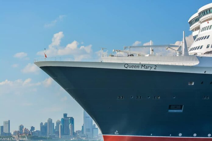 Cunard and Julien's Auctions Offer Exclusive Auction Exhibition of Sports Legends Memorabilia on Queen Mary 2 Voyage | 7