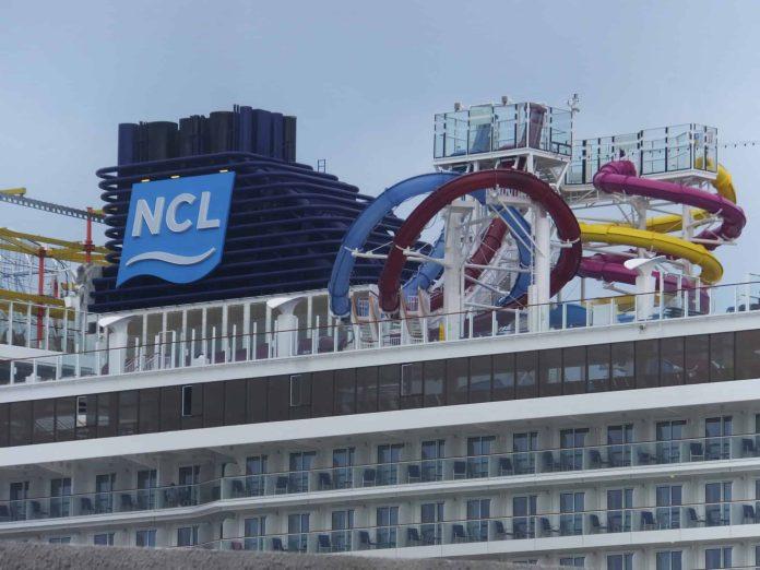 Norwegian Cruise Line Founder Knut Kloster Honored   18
