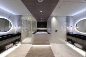 Iconic Suite Cat IC - Bathroom aboard Celebrity EDGE
