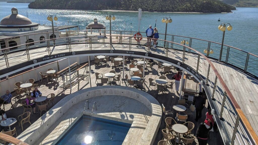 Classic Cruising in Mexico on the World's Second-Oldest Cruise Ship | 5