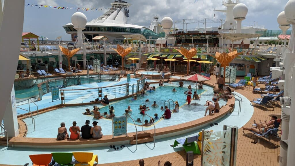 Freedom of the Seas Resumes Sailings from Florida | 28
